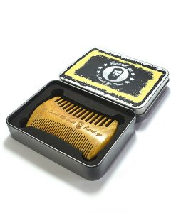 Perfect sandalwood comb at beard.ge
